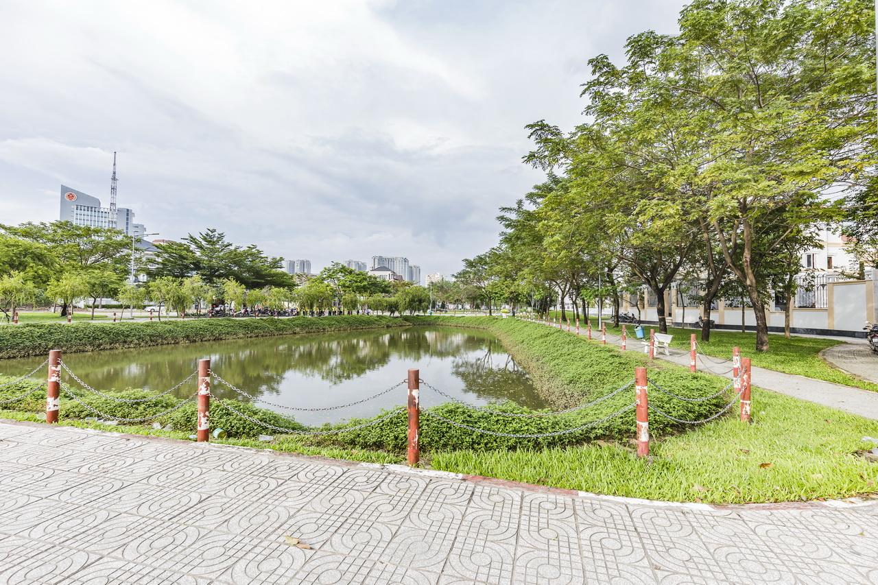 Công viên đường Cao Đức Lân