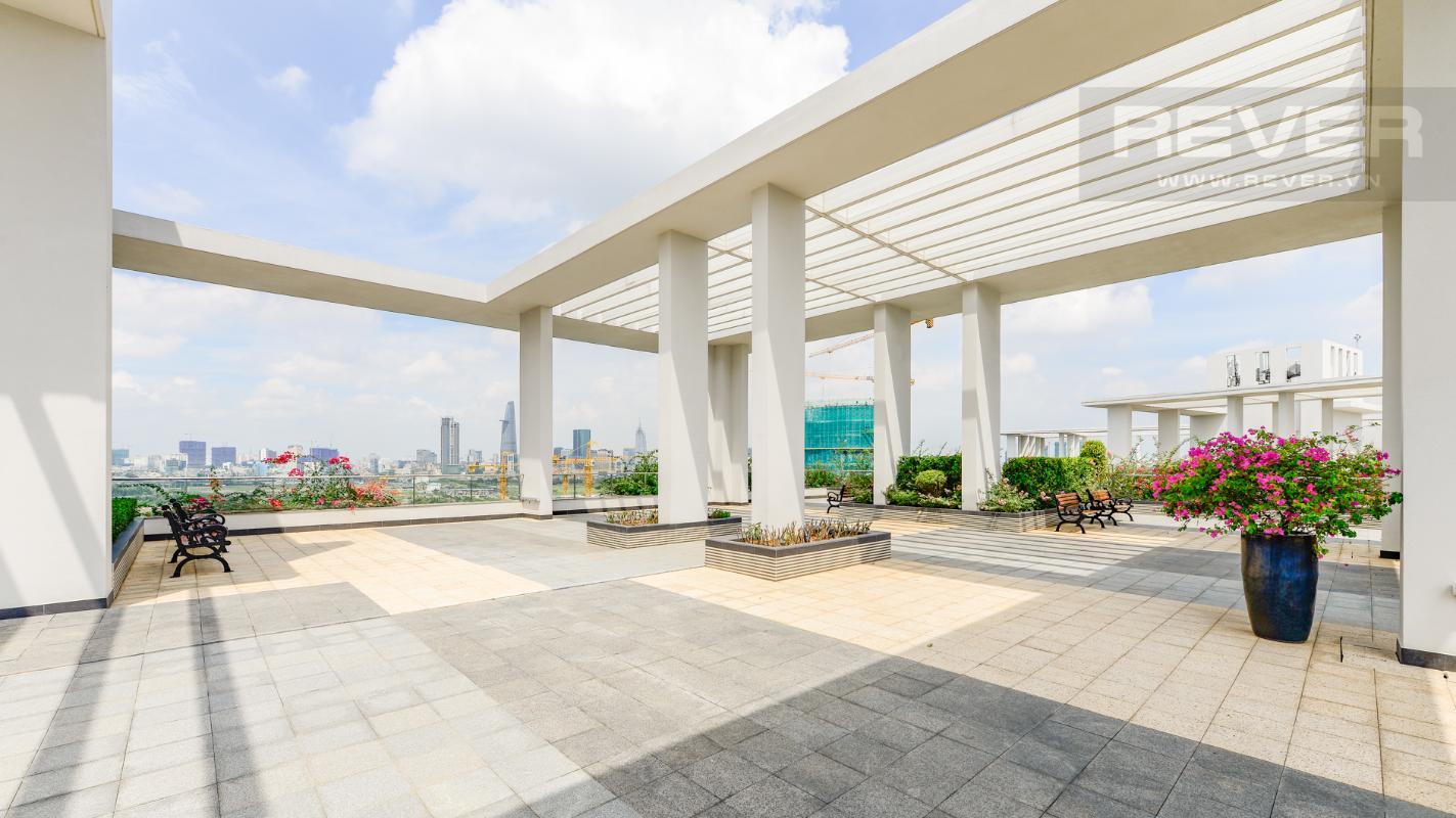 Tầng thượng của tháp A1 Sarimi được chủ đầu tư thiết kế thành sân vườn trên cao Căn hộ A1 Sarimi hai phòng ngủ, nhìn về trung tâm thành phố