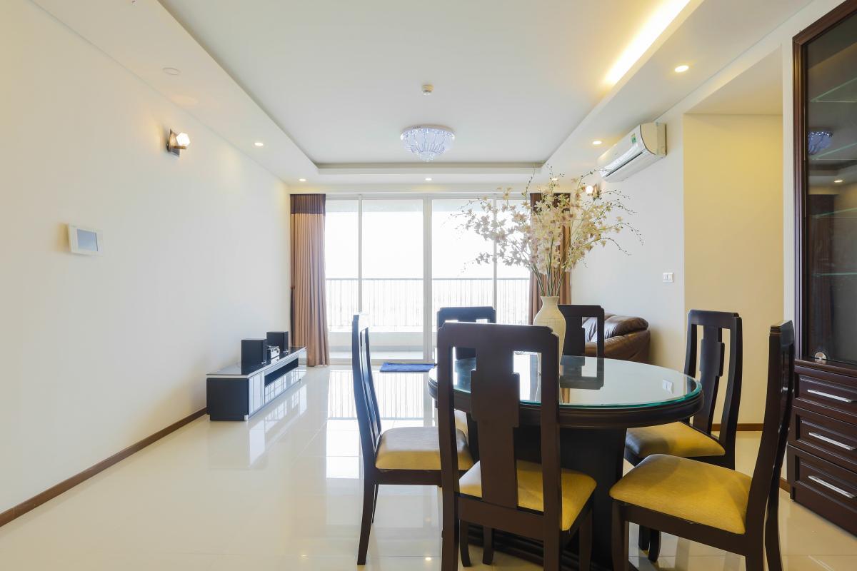 Phòng khách Căn hộ tầng cao tháp B Thảo Điền Pearl