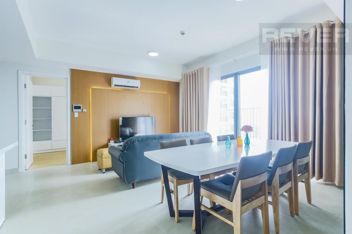Khu vực bàn ăn Căn góc tầng cao T1A Masteri Thảo Điền