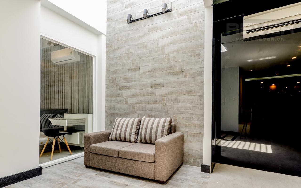 Ghế sofa phòng khách M & T Building cho thuê phòng đủ nội thất, nhiều diện tích sử dụng