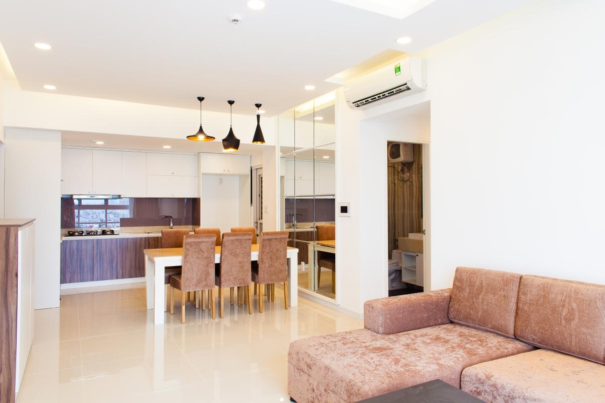 Phòng bếp có thiết kế mở thông tầm nhìn Căn hộ tầng cao tháp L Happy Valley