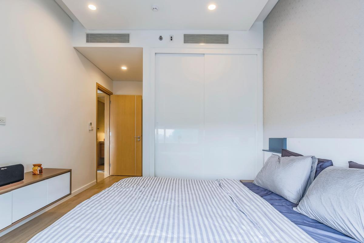 Phòng ngủ 2 có đến 2 máy lạnh Bán căn hộ Sarimi Sala Đại Quang Minh 87m2, 2PN 2WC, nội thất tiện nghi
