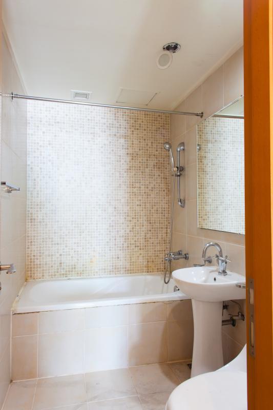 Phòng tắm Căn hộ tầng cao B The Manor 1