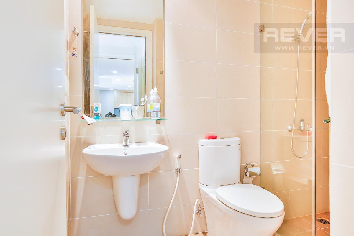 Phòng tắm 1 Căn hộ hướng Đông Bắc trung tầng T1A Masteri Thảo Điền