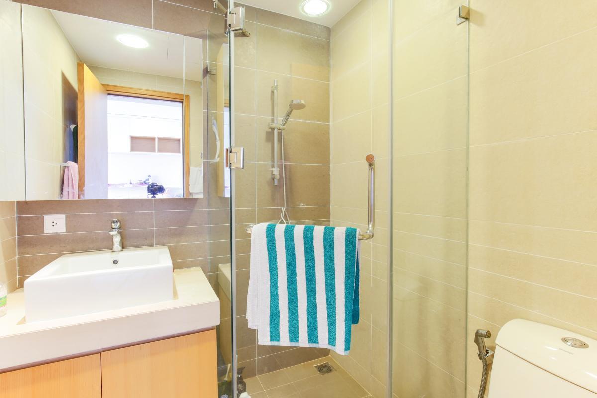 Phòng tắm Căn hộ tầng cao V4 Sunrise City