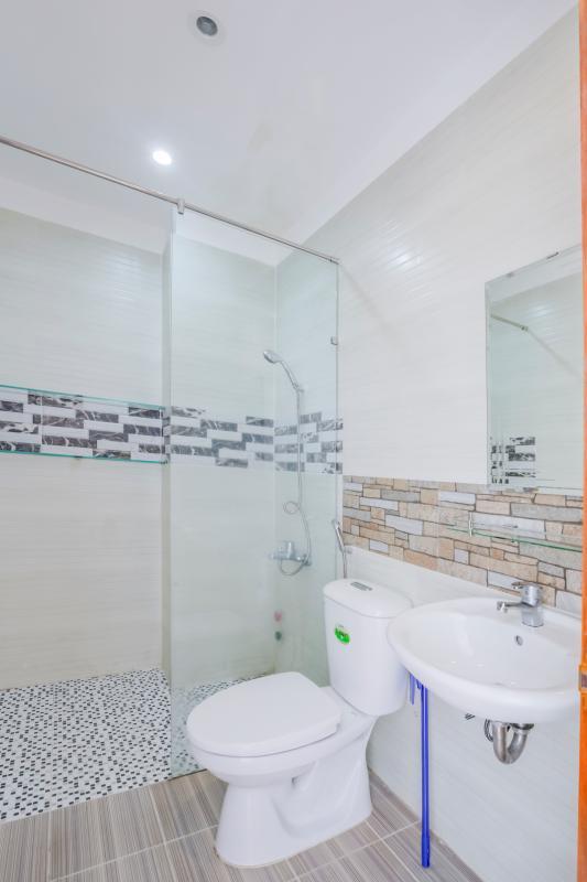 Phòng tắm 2 Nhà 4 tầng mặt tiền đường Số 11 Tân Kiểng quận 7