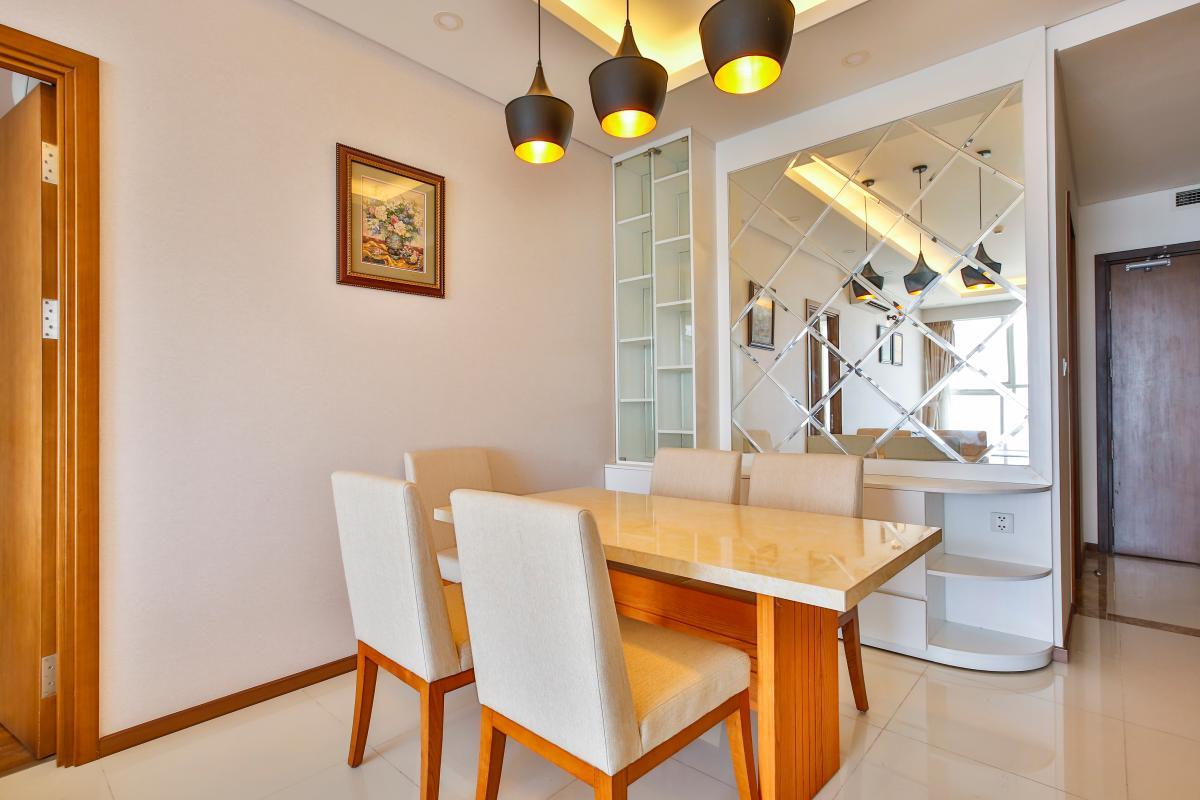 Phòng ăn Căn hộ tầng cao tháp B Thảo Điền Pearl
