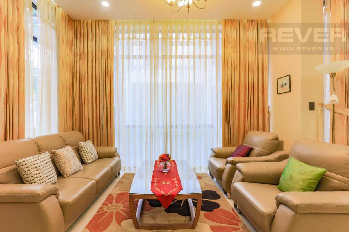 Phòng khách Villa Lucasta song lập có sân vườn, nội thất cao cấp