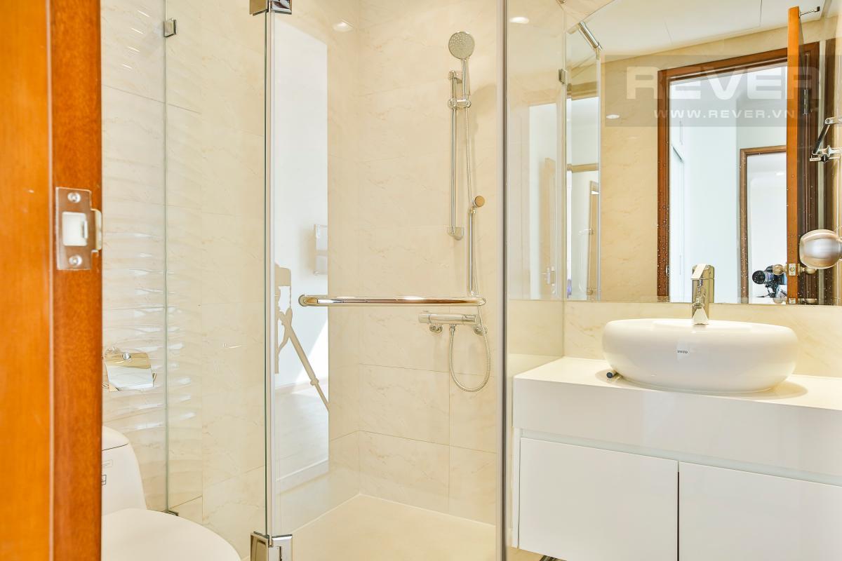 WC Căn hộ tầng cao C3 Vinhomes Central Park