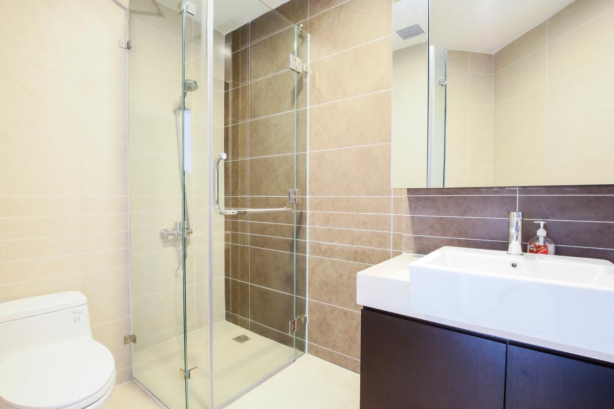 Phòng tắm Căn góc tầng cao tháp V3 Sunrise City