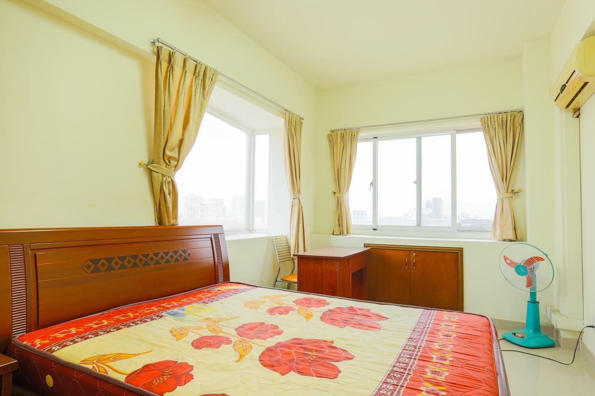 Phòng ngủ 2 ở vị trí góc có 2 mặt thoáng Căn góc Mỹ Phát tầng cao hướng Tây Nam