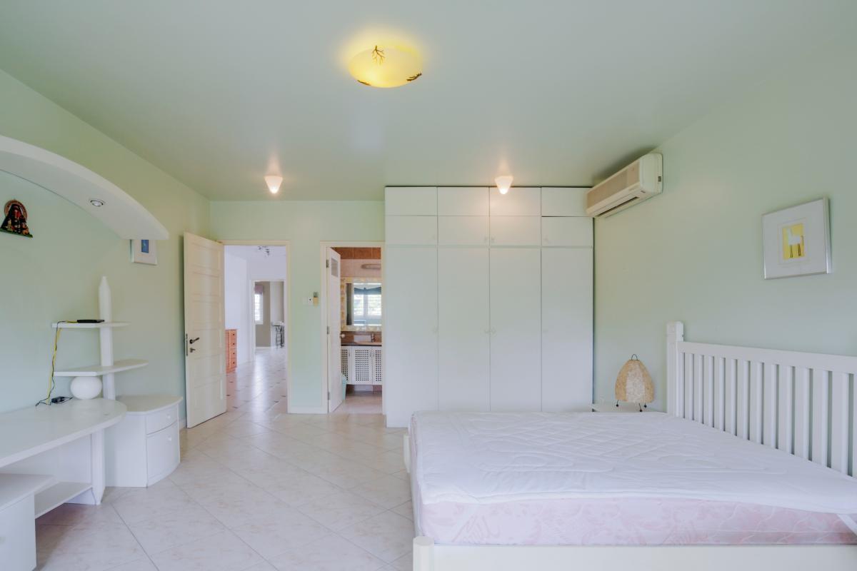 Nội thất phòng ngủ 3 Villa sân vườn có hồ bơi Nguyễn Văn Hưởng