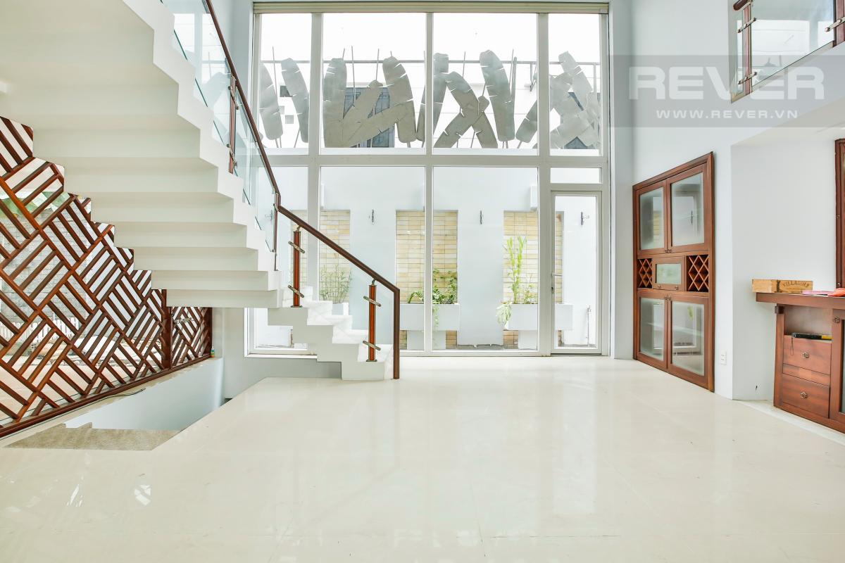 Phòng Khách Nhà 4 tầng Nguyễn Văn Hưởng