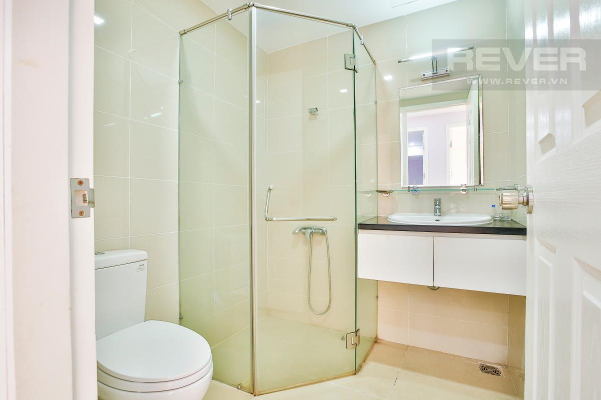 Phòng tắm 2 Căn góc hướng Đông Nam tầng cao TC1 Tropic Garden