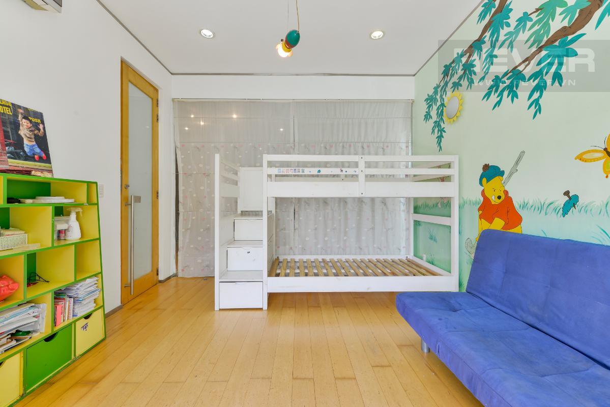 Phòng ngủ cho trẻ nhỏ ở tầng lầu Villa 2 tầng có sân vườn hướng Đông Bắc Hưng Thái 2