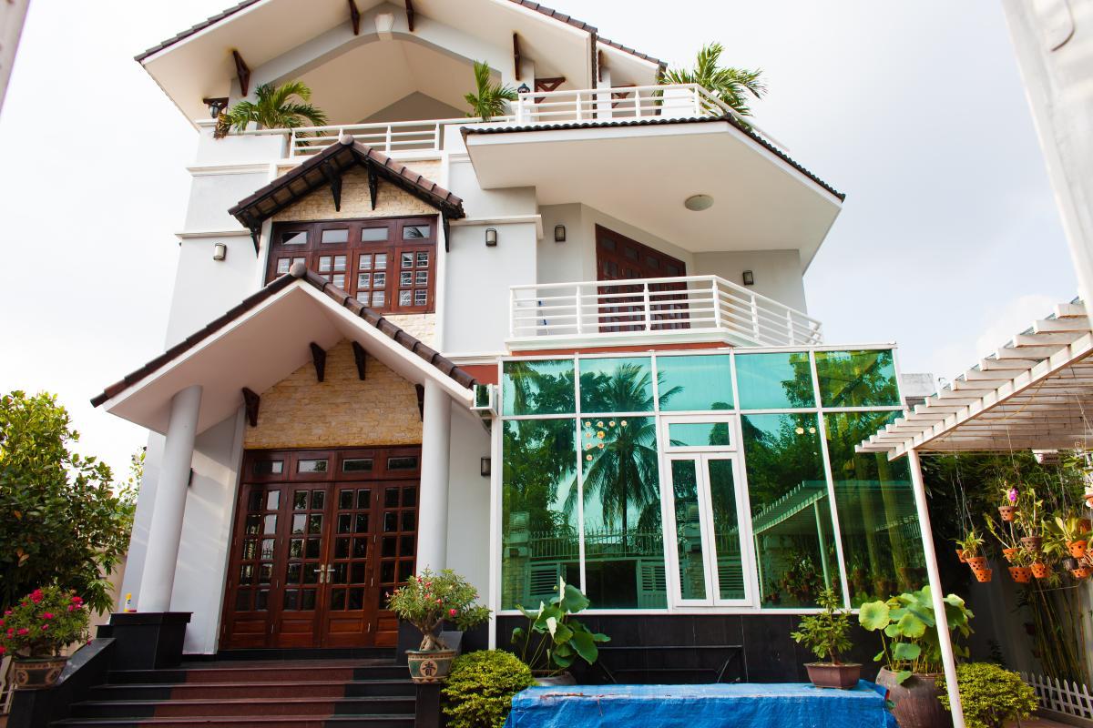 Mặt tiền villa Villa 3 tầng đường Số 20 Linh Đông Thủ Đức