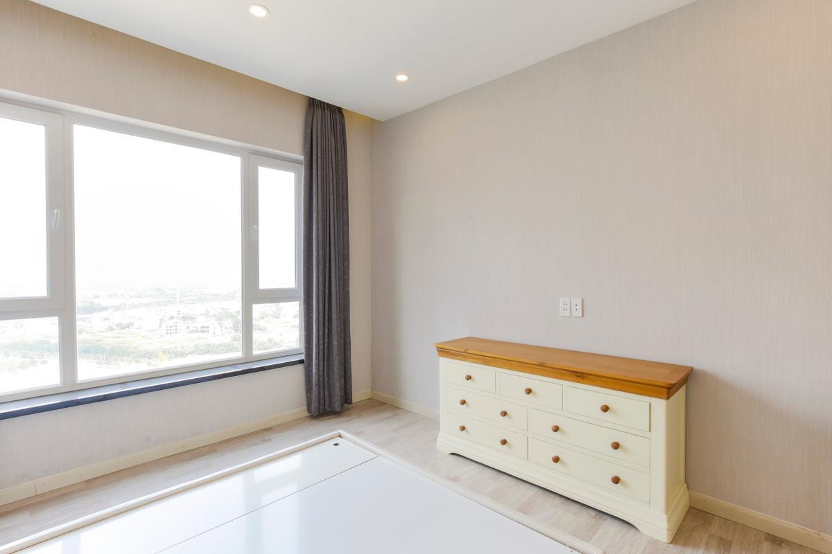 Tủ thấp nơi phòng ngủ Căn góc tầng cao Tower 3 Brilliant