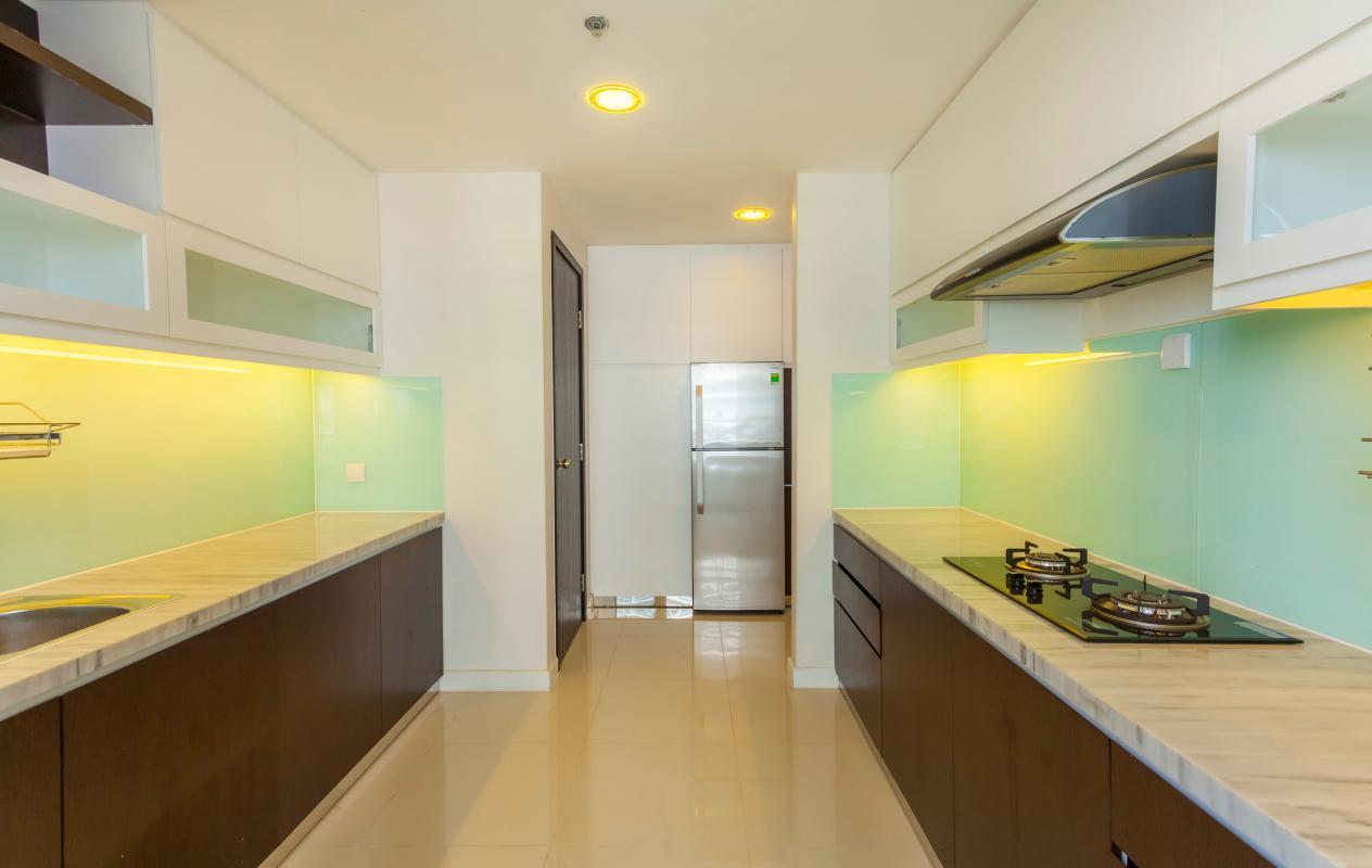 Phòng bếp Căn góc trung tầng V1 Sunrise City
