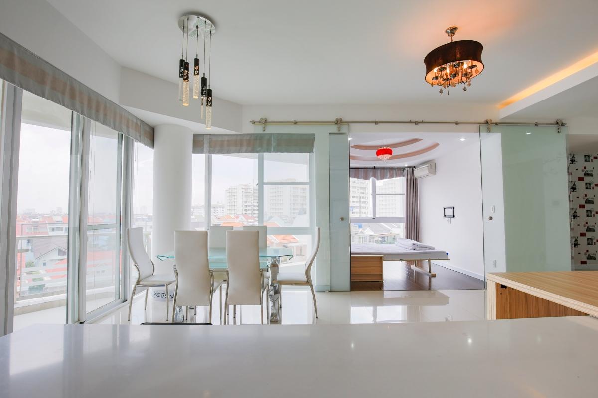 Phòng ăn Căn góc hướng Nam tầng cao CB Riverpark Residence