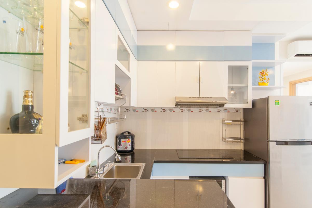 Phòng bếp Căn hộ P2 Prince Residence 2PN đầy đủ nội thất