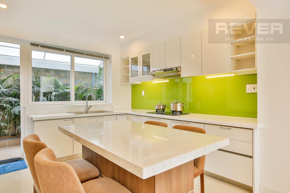 Phòng bếp tiện nghi Nhà phố 3 tầng Phạm Thái Bường Quận 7