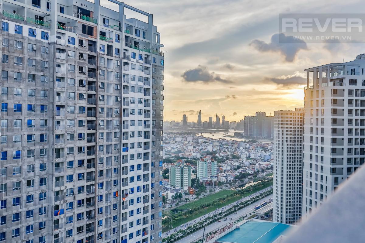 View toàn cảnh Căn góc tầng cao hướng Đông Nam T4B Masteri Thảo Điền