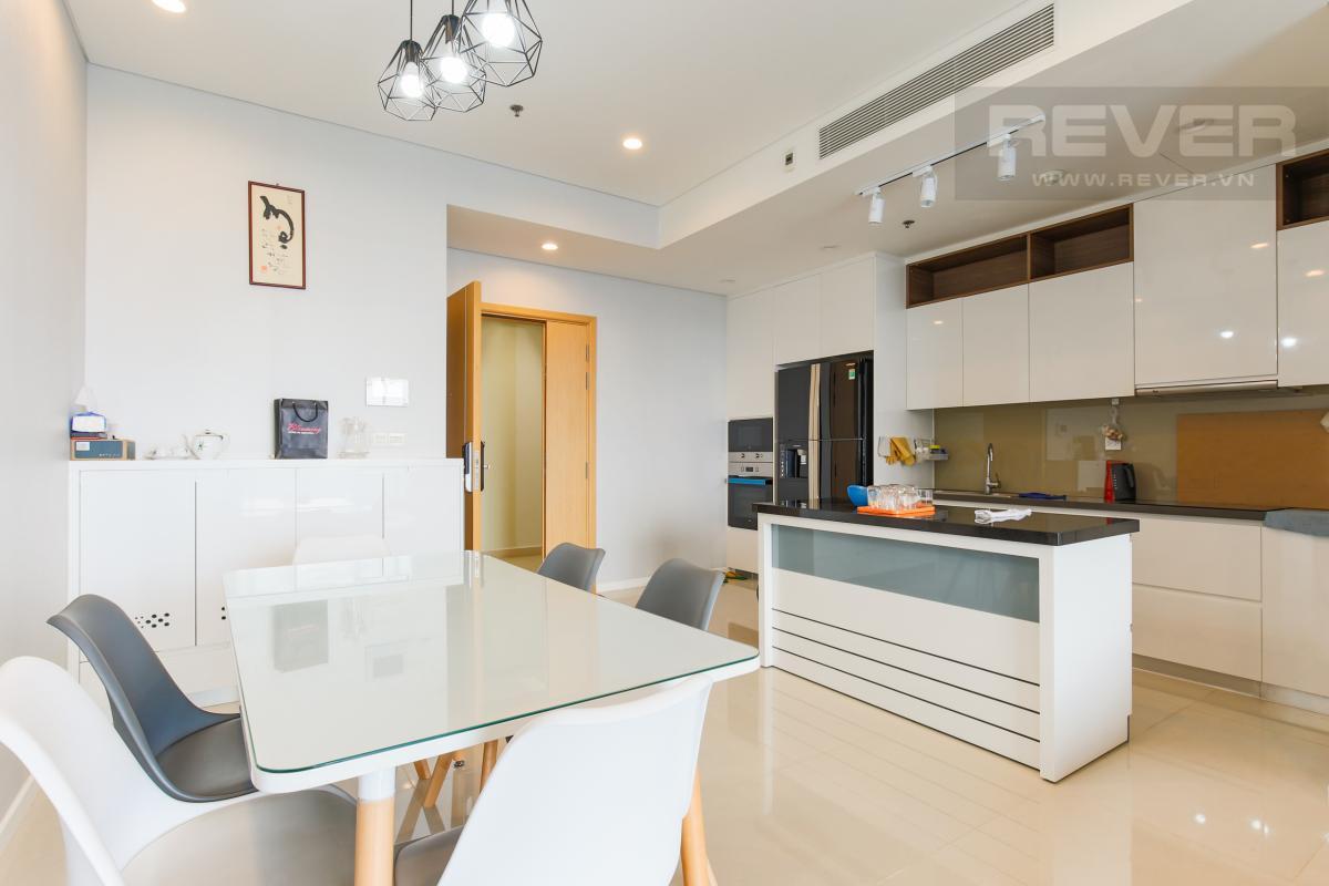 Khu bếp và bàn ăn rộng rãi Căn hộ Sarimi tầng thấp B1 hướng  Tây Nam, 3 phòng ngủ