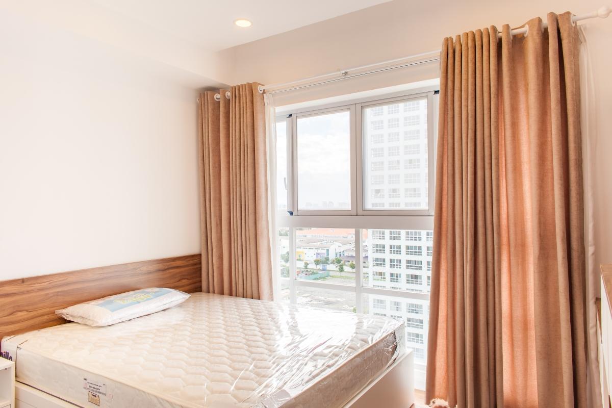 Phòng ngủ view nội khu Căn hộ tầng cao tháp L Happy Valley