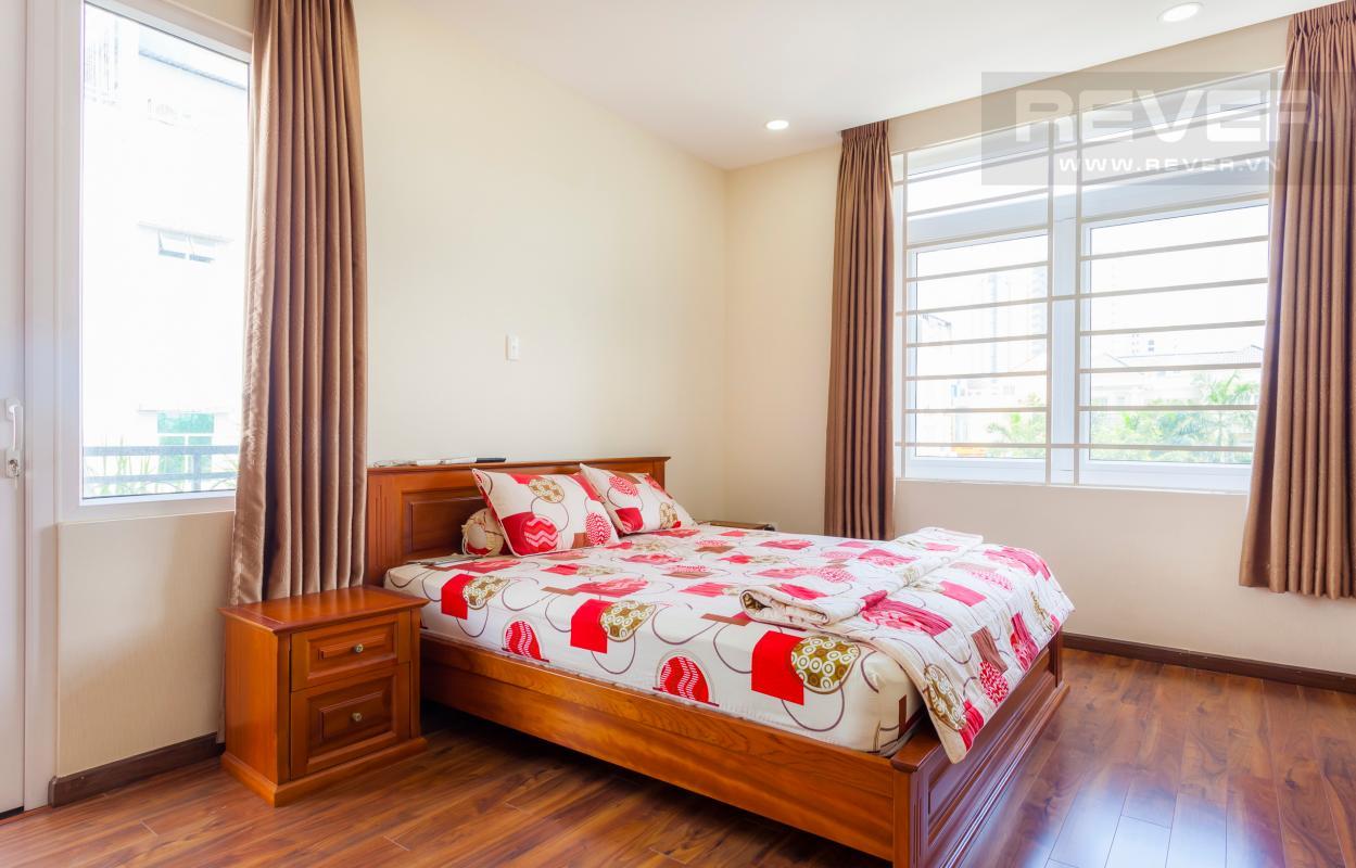 Phòng ngủ ở vị trí góc Villa 3 tầng Đường Số 14 Hoàng Quốc Việt