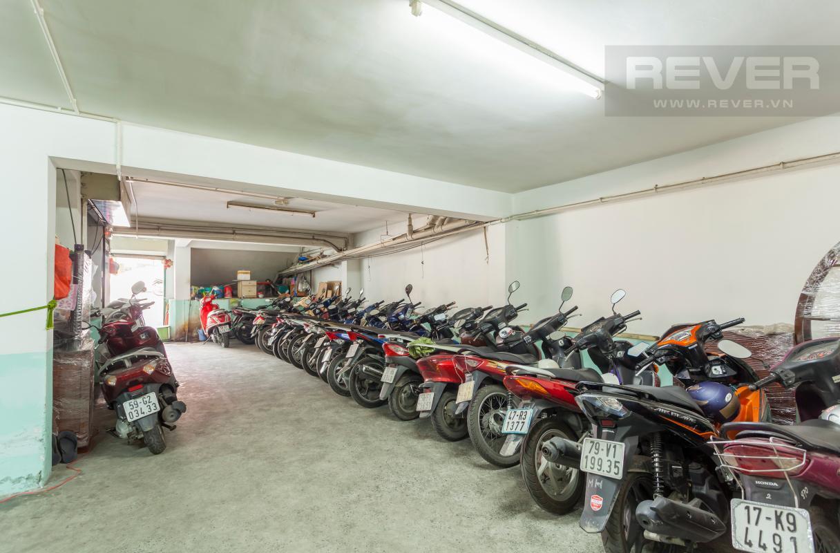 Hầm giữ xe Bán tòa nhà văn phòng cho thuê mặt tiền Điện Biên Phủ quận 1