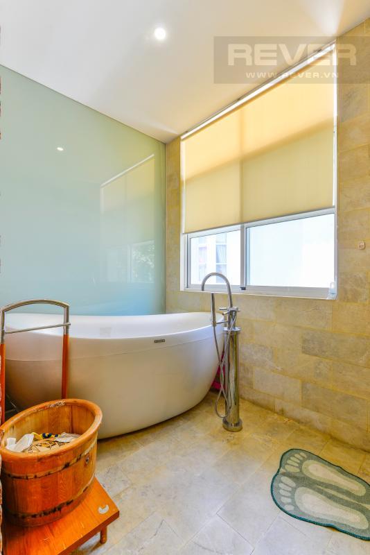 Khu bồn tắm hiện đại Villa 2 tầng có sân vườn hướng Đông Bắc Hưng Thái 2