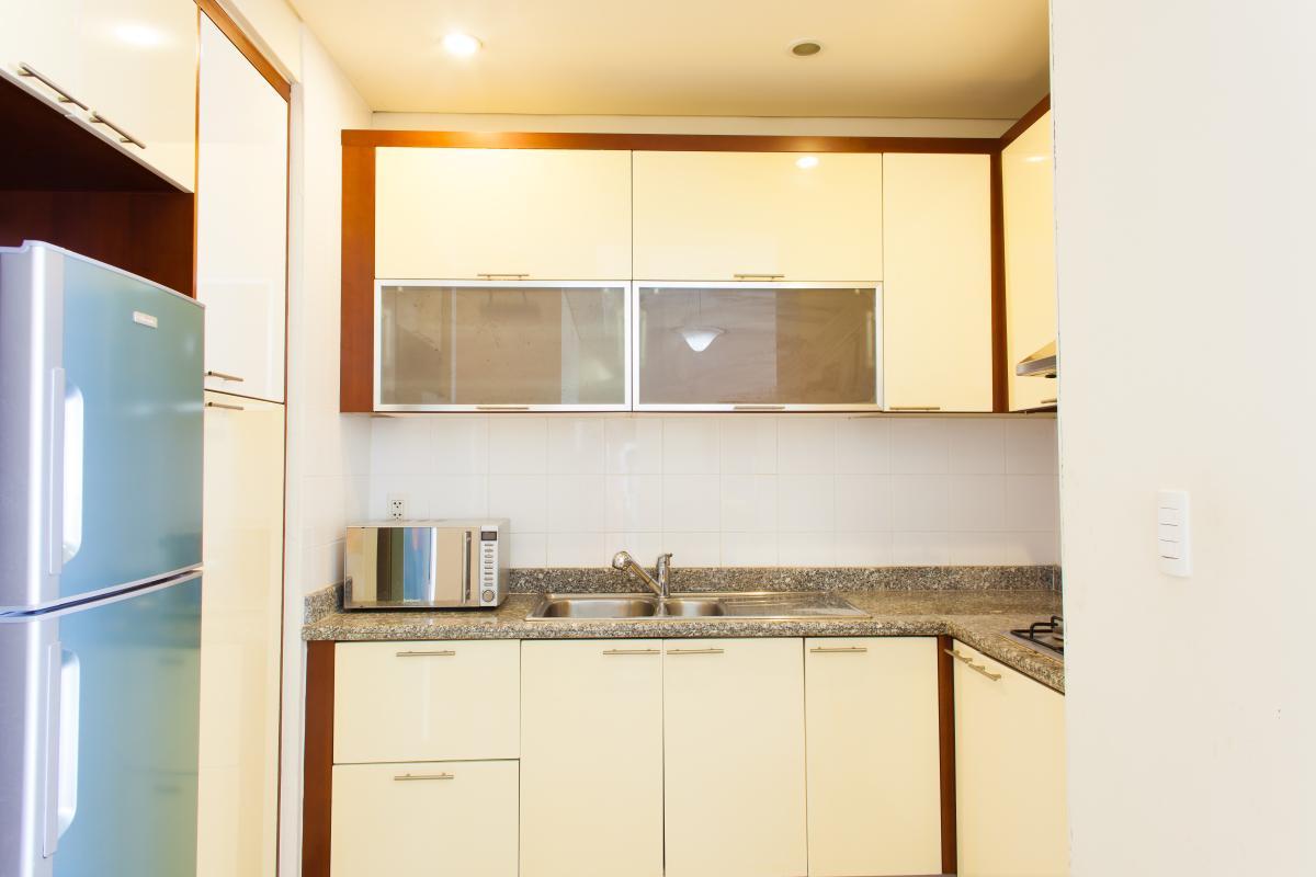 Phòng bếp tiện nghi Căn hộ tầng cao B The Manor 1
