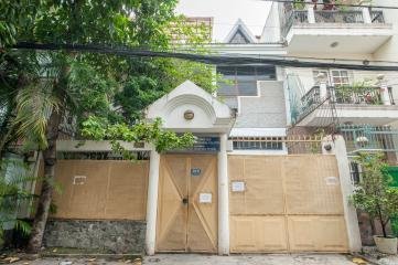 Nhà 3 tầng Nguyễn Minh Hoàng Tân Bình