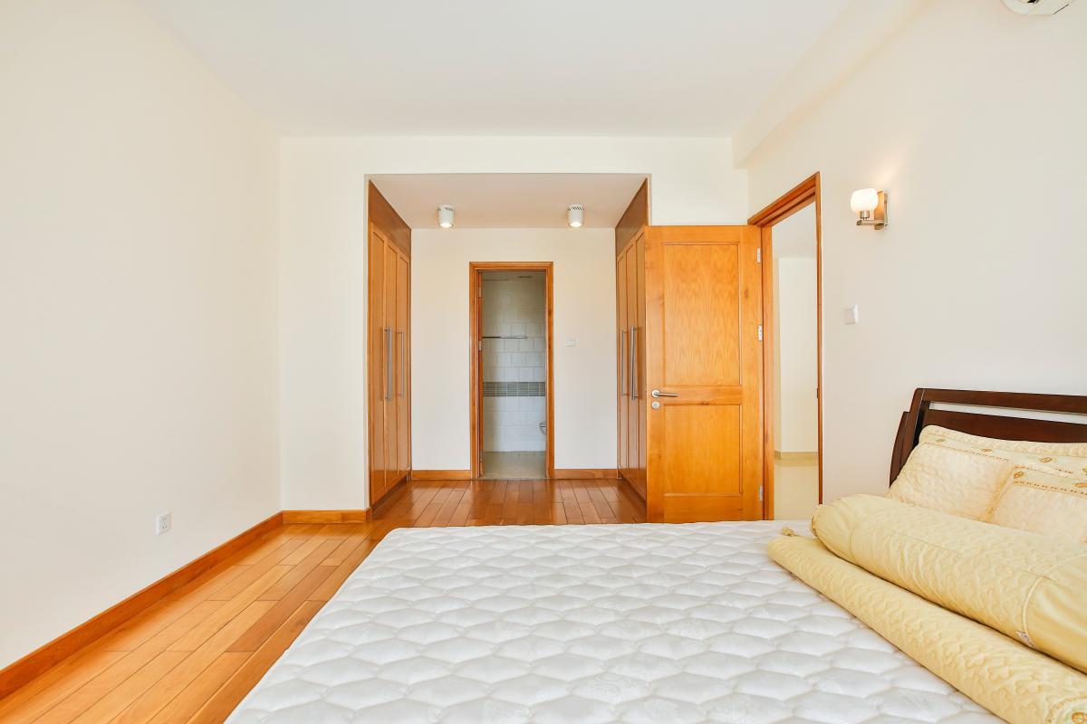Phòng tắm tích hợp trong phòng ngủ Căn hộ 2 phòng ngủ River Garden Thảo Điền