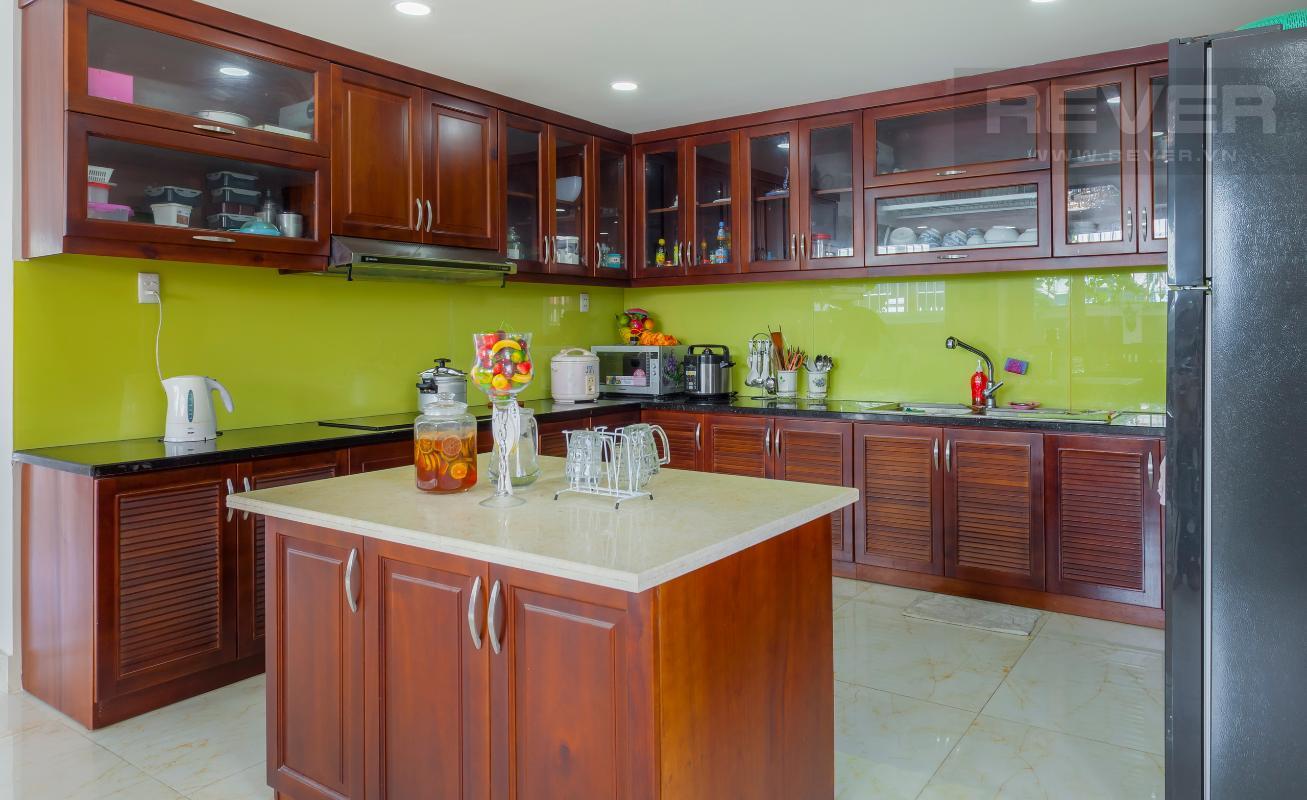 Khu vực bếp sang trọng Villa 3 tầng Đường Số 14 Hoàng Quốc Việt