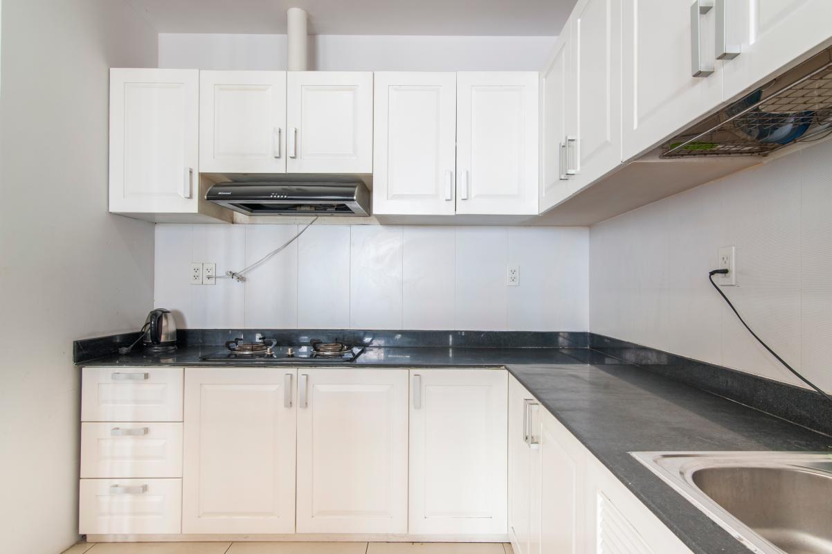 Phòng bếp hiện đại Căn góc tầng cao B Satra Eximland