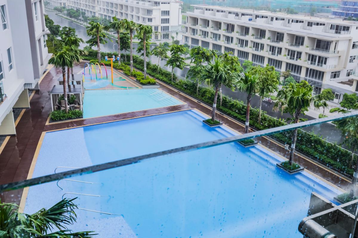 View toàn cảnh hồ bơi Căn hộ trung tầng A2 Sarimi Sala Đại Quang Minh