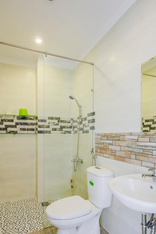 Phòng tắm 1 Nhà 4 tầng mặt tiền đường Số 11 Tân Kiểng quận 7