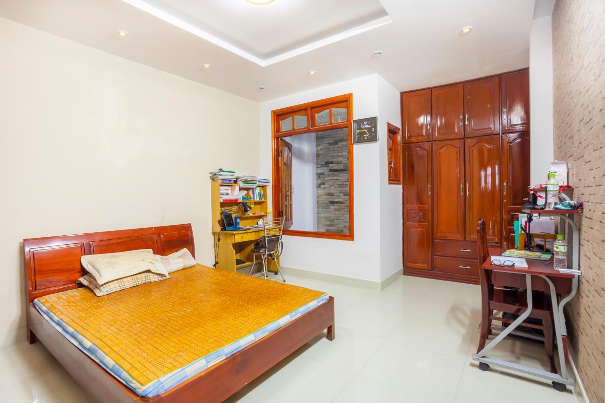Nội thất phòng ngủ 1 Nhà 5 tầng hướng Tây mặt tiền  Trần Văn Dư Tân Bình