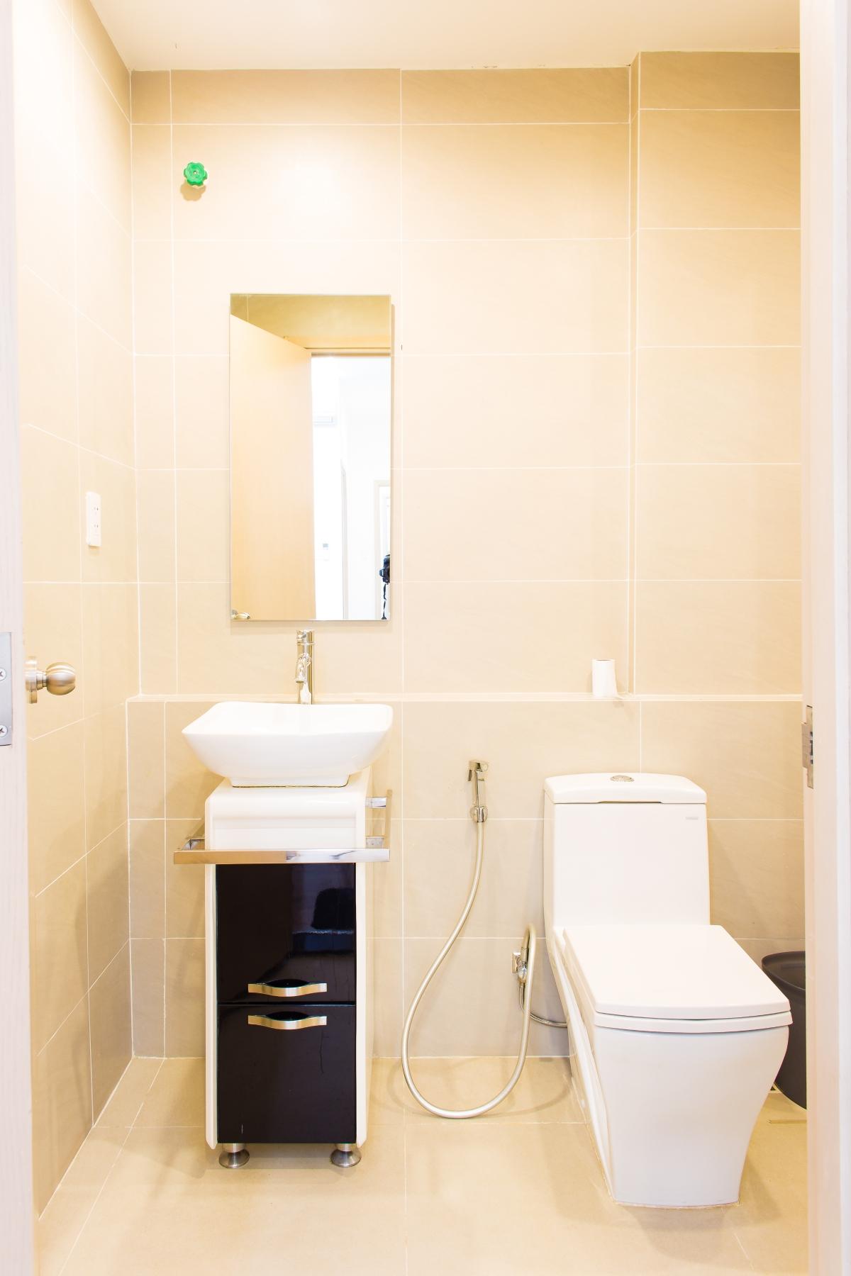 Nhà vệ sinh căn hộ hướng Bắc SEM Residence. Căn hộ hướng Bắc SEM Residence