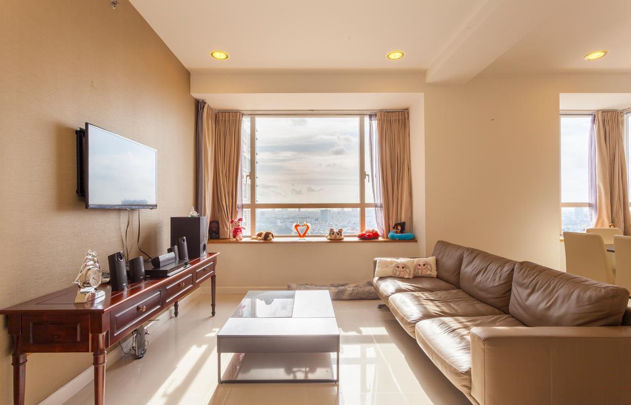 Phòng khách Căn góc tầng cao V6 Sunrise City