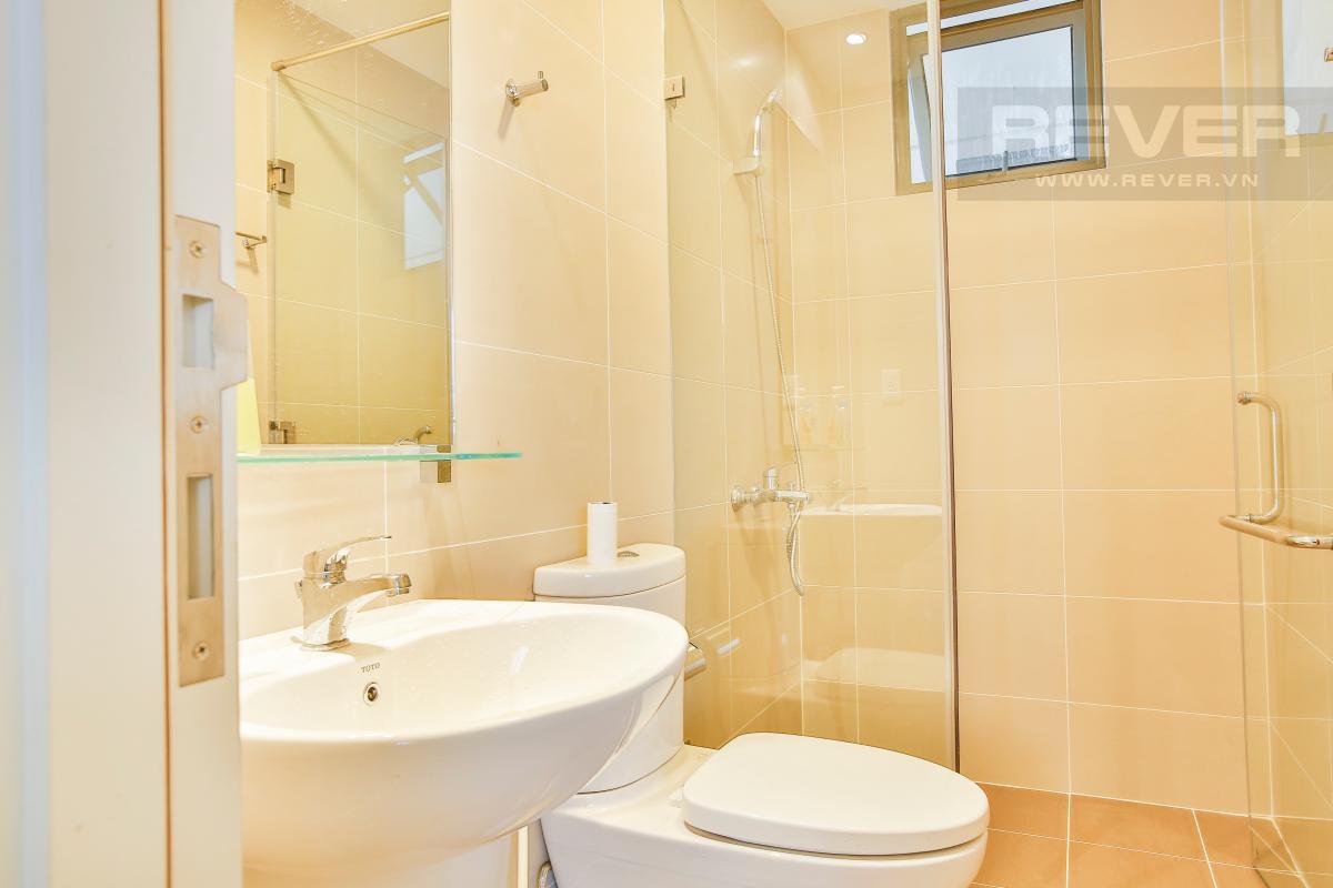 Phòng tắm thiết kế hiện đại Căn góc tầng cao T4A Masteri Thảo Điền