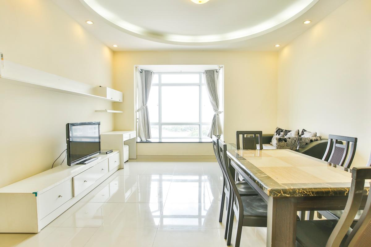 Phòng khách hướng Bắc Căn hộ 2 phòng ngủ tháp B Riverside Residence