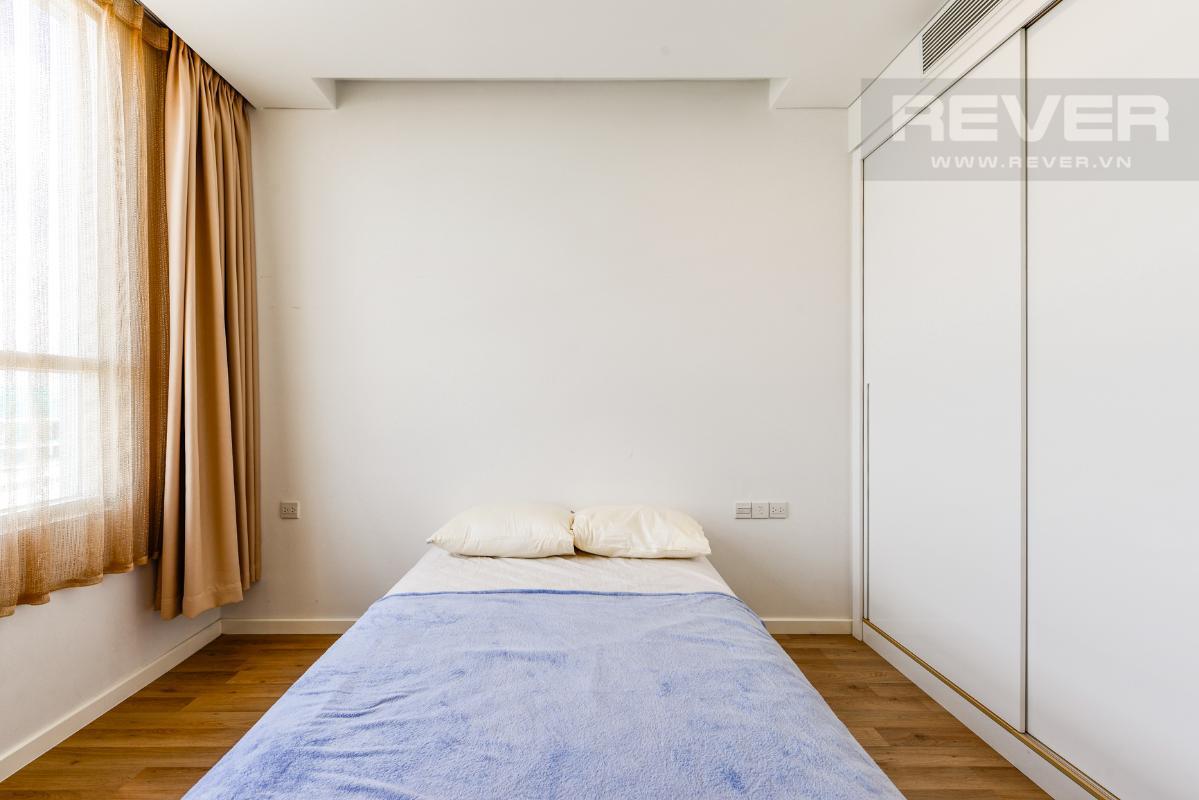 Không gian phòng ngủ 1 Căn hộ A1 Sarimi hai phòng ngủ, nhìn về trung tâm thành phố