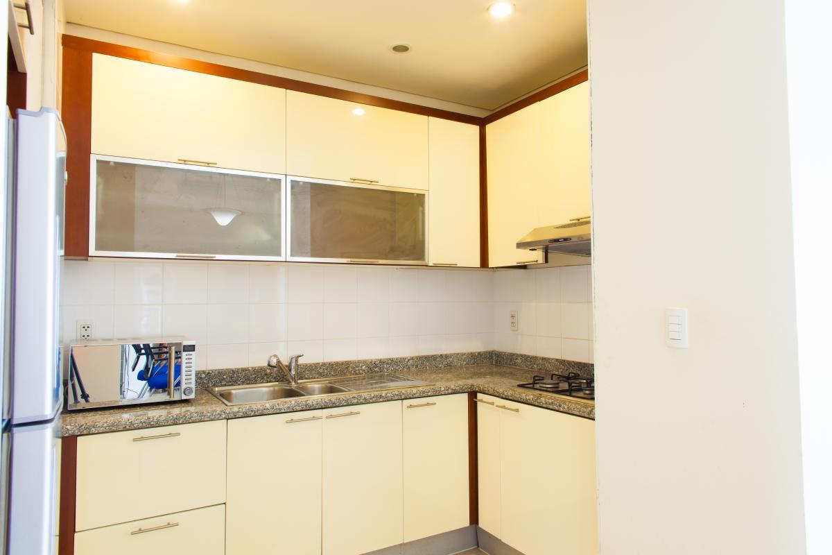 Phòng bếp Căn hộ tầng cao B The Manor 1