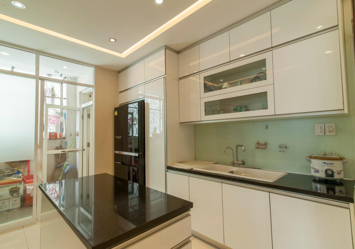 Phòng bếp Căn góc tầng cao Flemington
