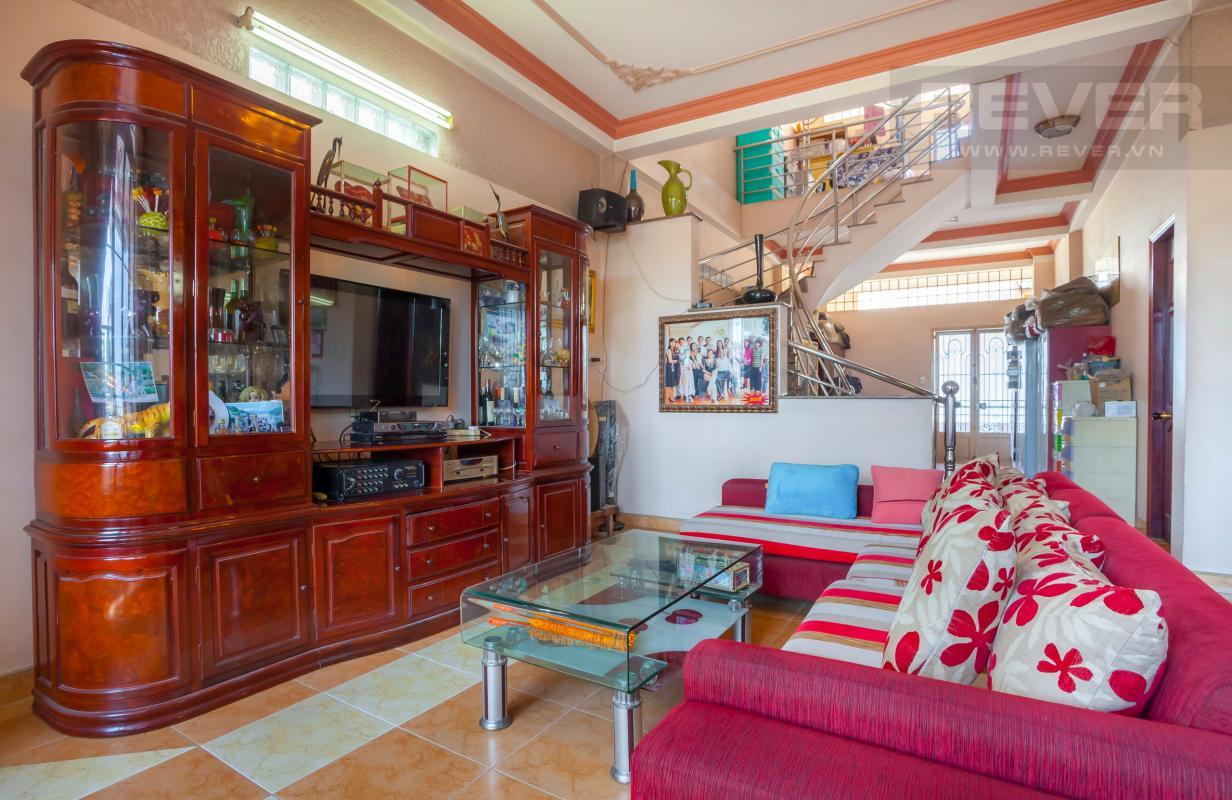 Phòng khách Nhà 3 tầng hẻm lớn Quốc lộ 13 Bình Thạnh