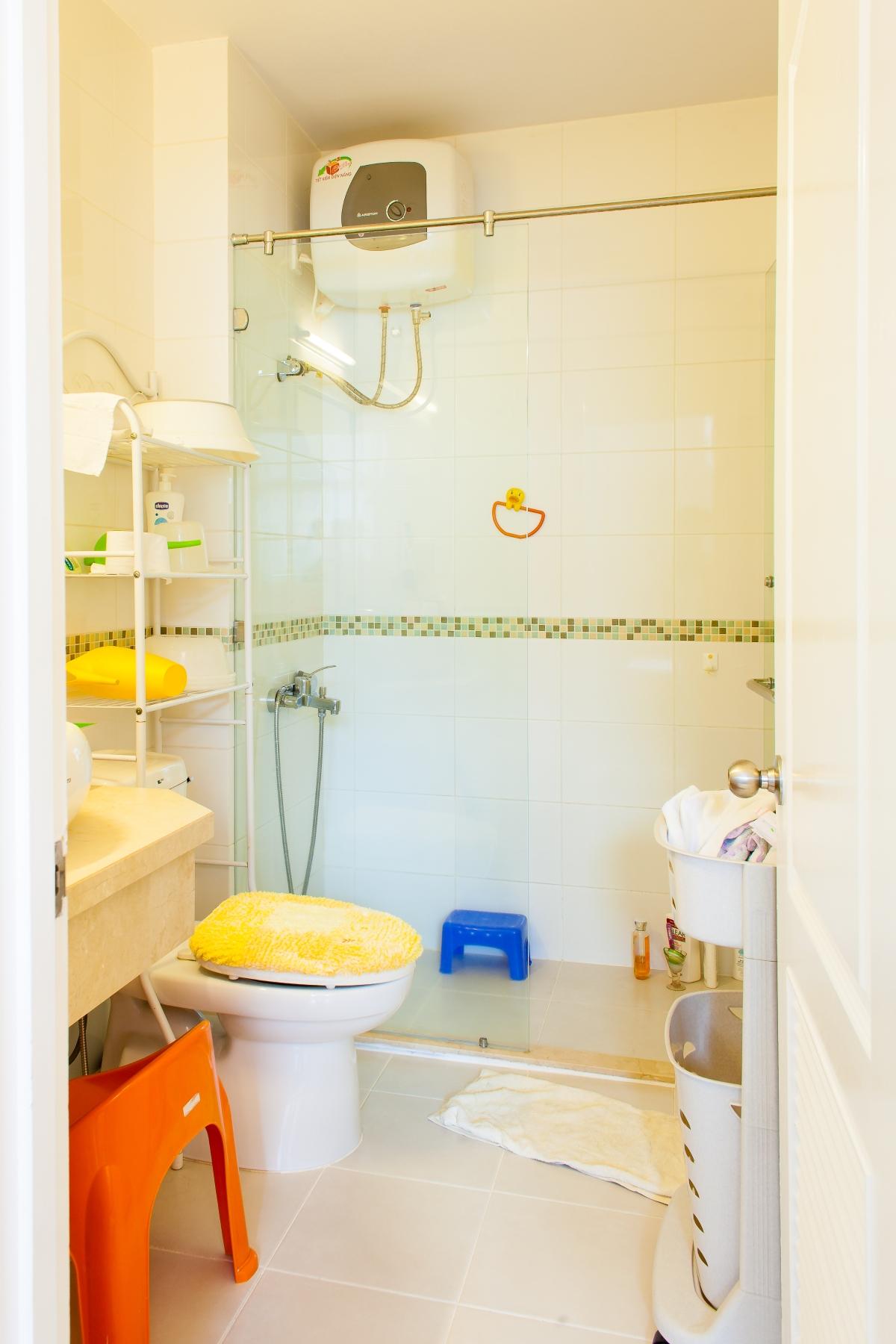 Phòng tắm nhỏ Villa 2 tầng đơn lập Mỹ Phú 1A
