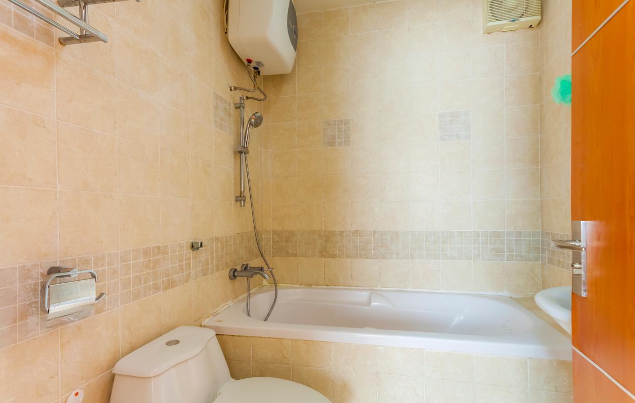 Phòng tắm chính Căn góc tháp B V-Star Tấn Trường